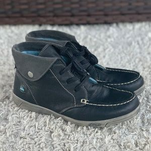 Cloud Adrik Soft Leather Black Moccasin Lace Up Ankle Boots Fold and Snap EUR 40